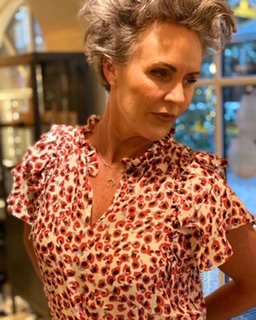 stylist i Odense - hairstylist - makeup artist - Gitte Lundager - glu butik - glu webshop